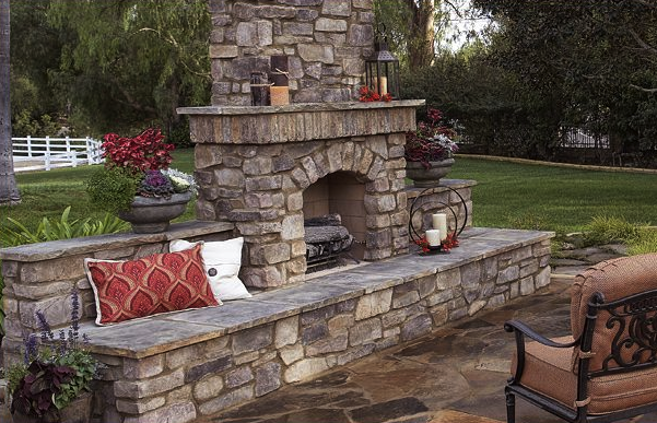 Memphis Outdoor Fireplace Mason
