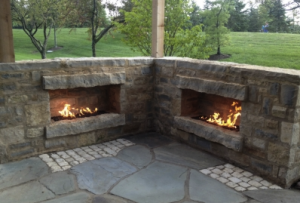 Memphis Outdoor Fireplace Mason